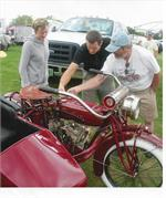 Randy shows 1919 bike