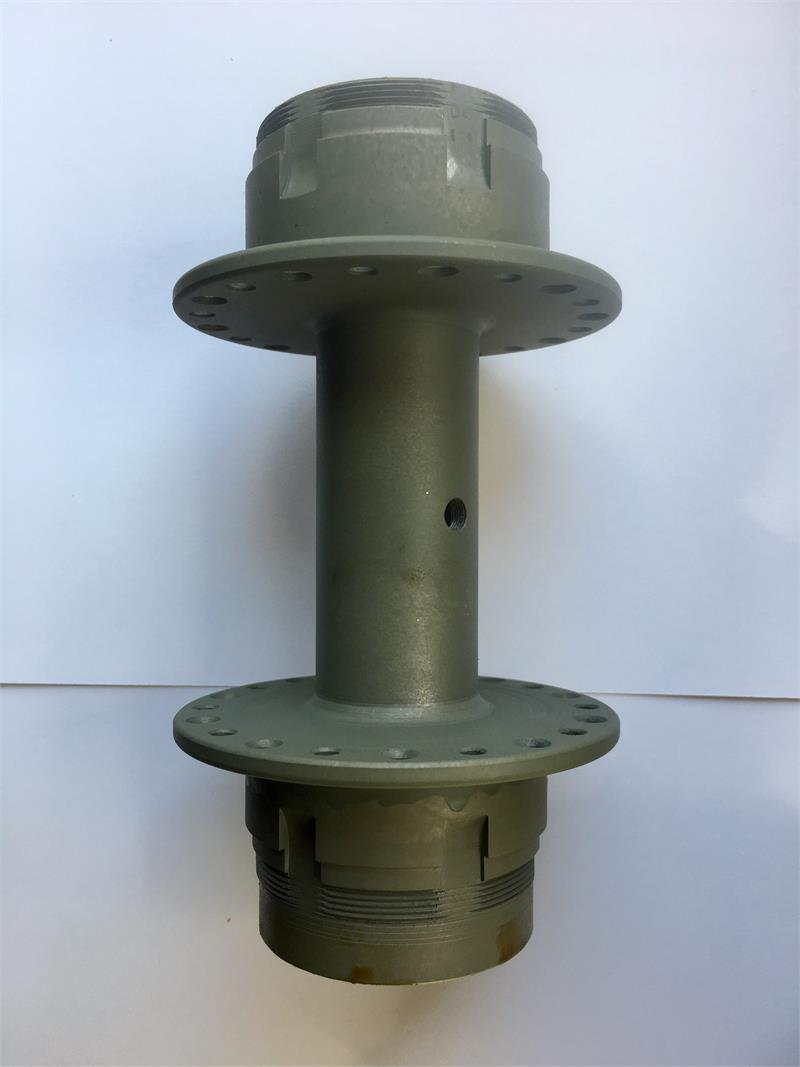 Rear Hub (Timken Bearings) 1928 with cups